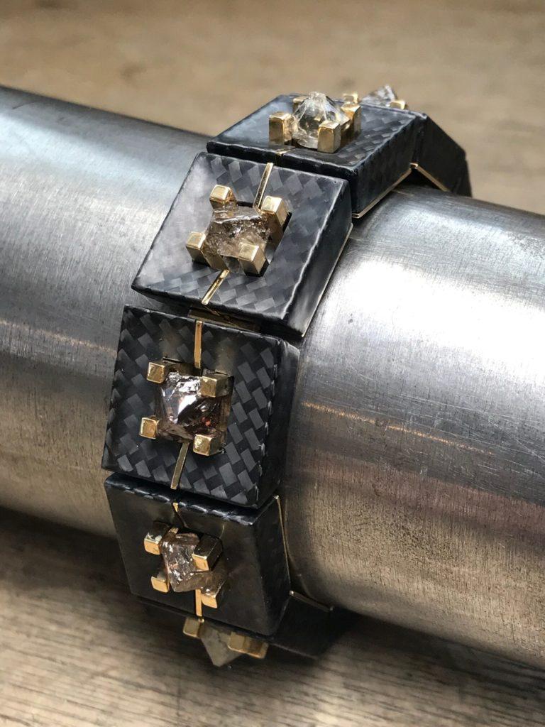Armreif Gold Carbon Rohdiamanten