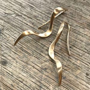 Ohrhänger aus Altgold