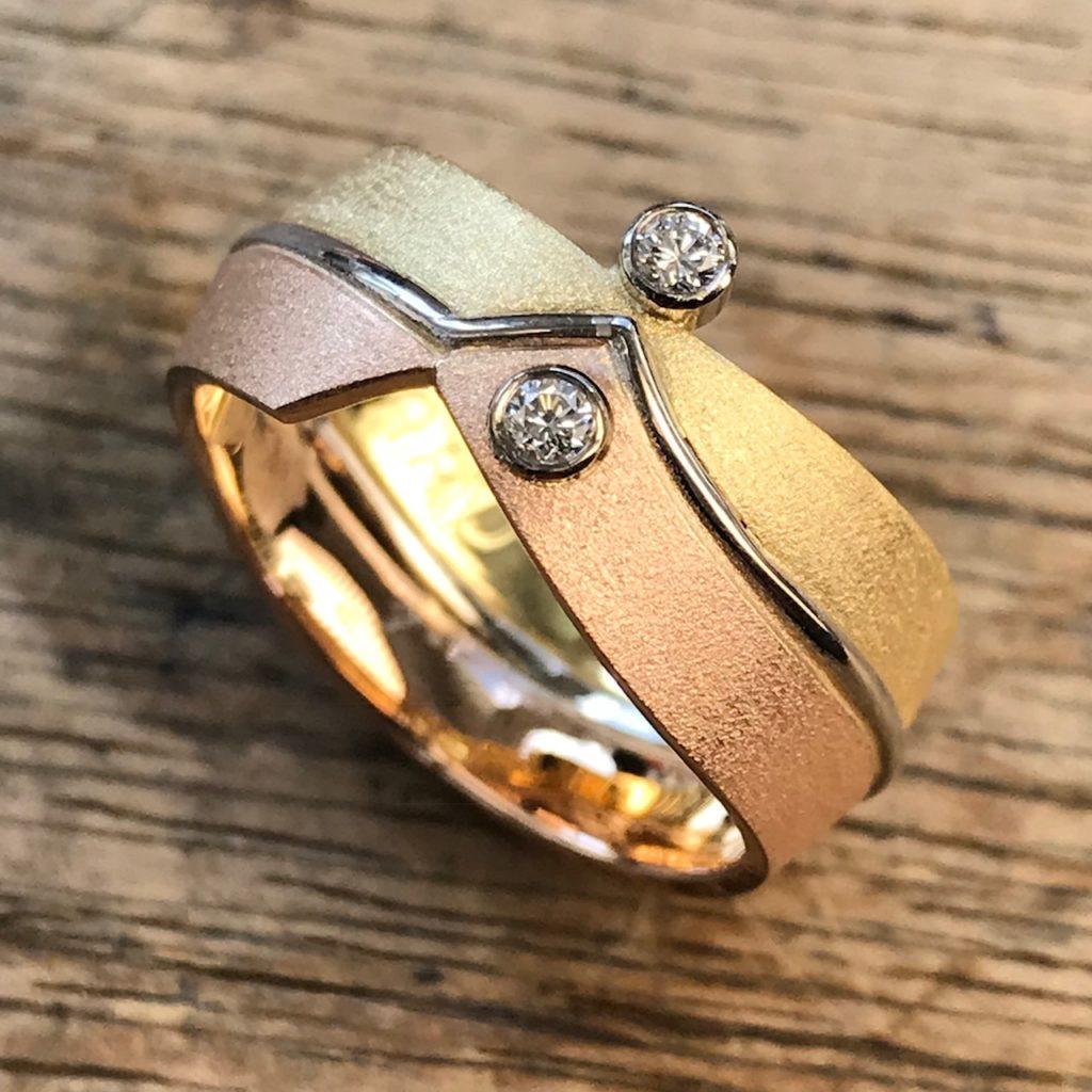 Ring aus Trauringen